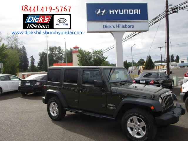 Pre-Owned 2015 Jeep Wrangler Unlimited Sport 4x4
