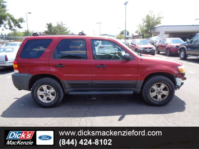 Pre-Owned 2005 Ford Escape
