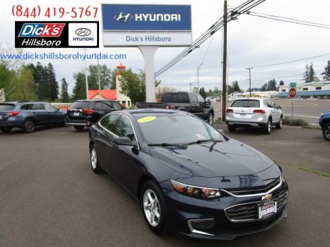 Pre-Owned 2017 Chevrolet Malibu LS w/1LS (Retail only)