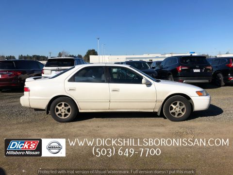 Pre-Owned 1999 Toyota Camry XLE